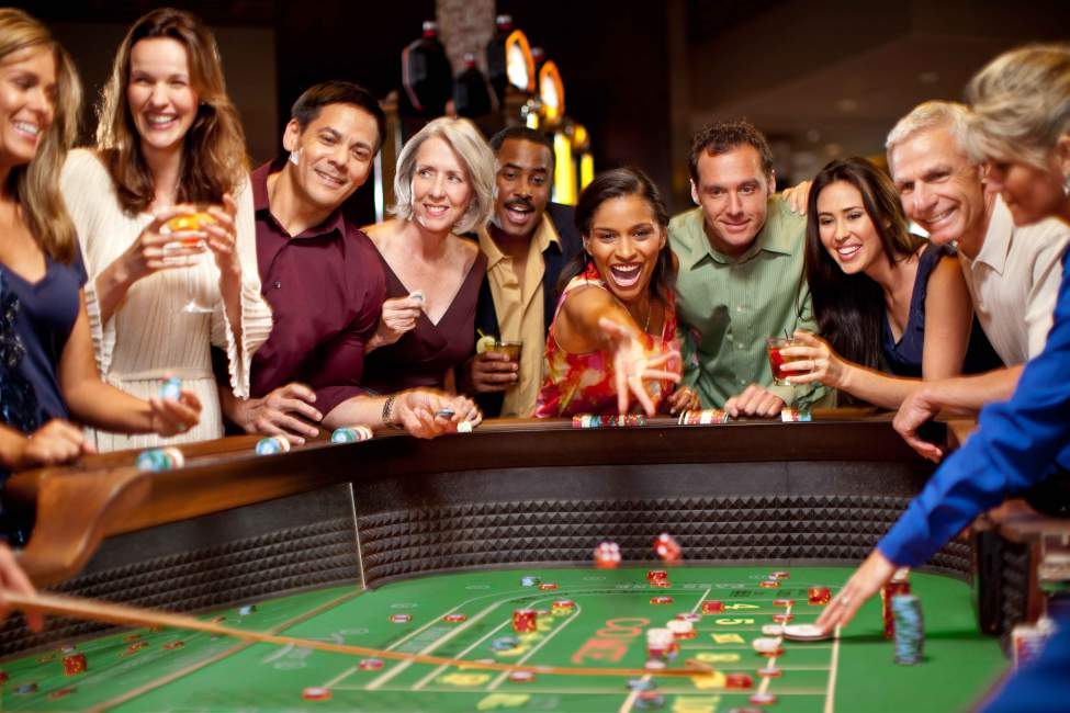 Four Information Everybody Should Find out about Gambling